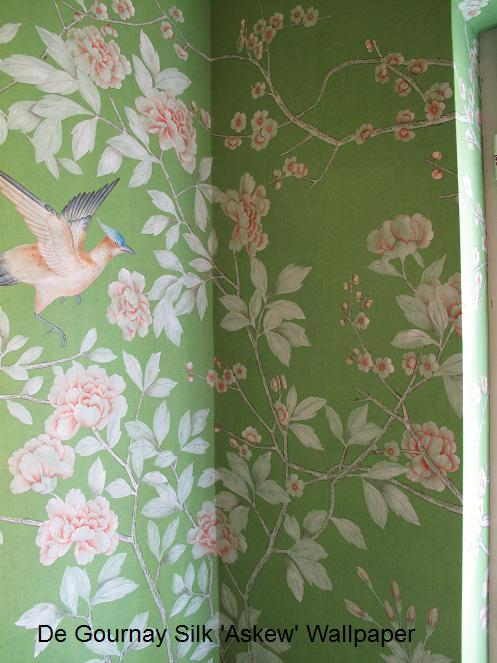 Expert Professional Wallpaper Hangers London de Gournay Painter Decorator